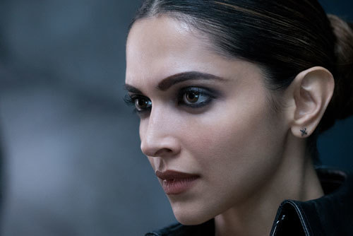 Deepika Padukone as sultry Serena