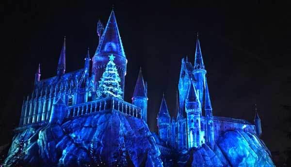 Holiday light show on Hogwarts Castle