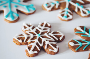 Preview gingerbread snowflakes gifts pre