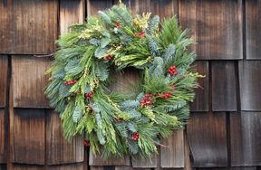 Preview holiday wreath pre