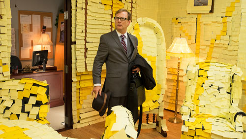 Principal Dwight discovers the Post-It prank