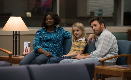 Octavia Spencer as Roberta with Mary and Frank at a hospital