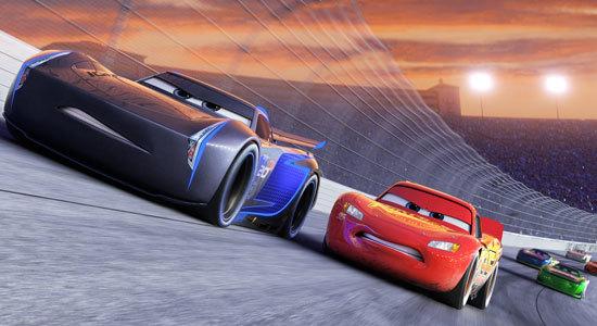 Lightning vs. Storm on the track