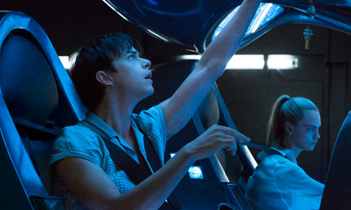 Valerian (Dane) and Laureline (Cara) begin their mission