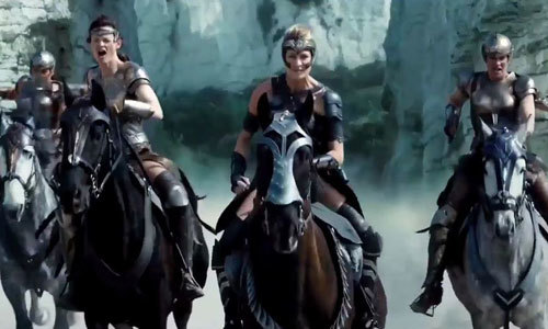Amazons go to war on the beach