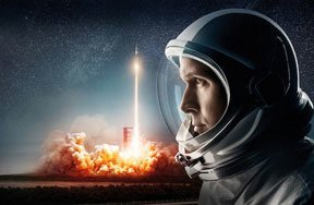 First Man Movie Review: The Personal Story of a Space Age Hero