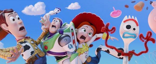 Woody, Buzz, Jessie and their new friend Forky
