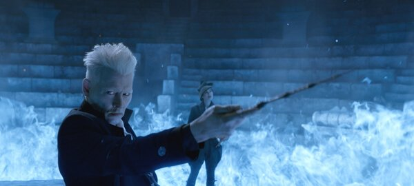 Grindelwald casts a spell
