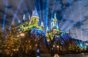 Preview christmas in the wizarding world of harry potter pre