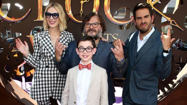 Cate, Jack, Owen and director Eli at the premiere