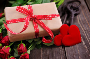 Preview valentines gifts for her pre
