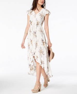 This flowy floral hi-low dress is perfect for an evening out