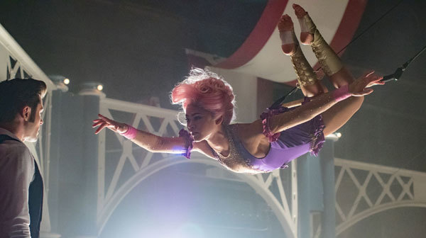 Phillip (Zac Efron) first falls for aerialist Anne (Zendaya)