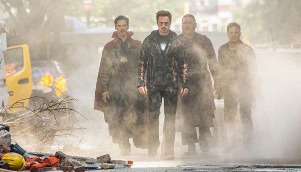 Dr. Strange, Iron Man, Wong and Bruce Banner (Hulk)