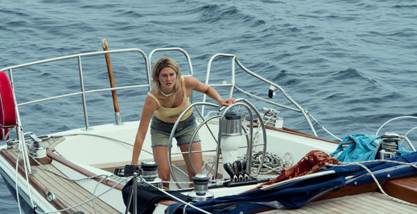 Shailene as Tami sailing alone with a broken wheel