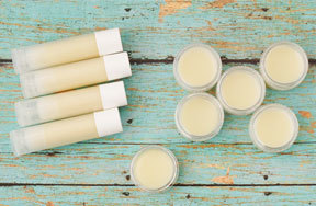 Preview homemade lip balm pre