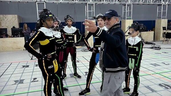 Spielberg directs actors on the virtual reality stage
