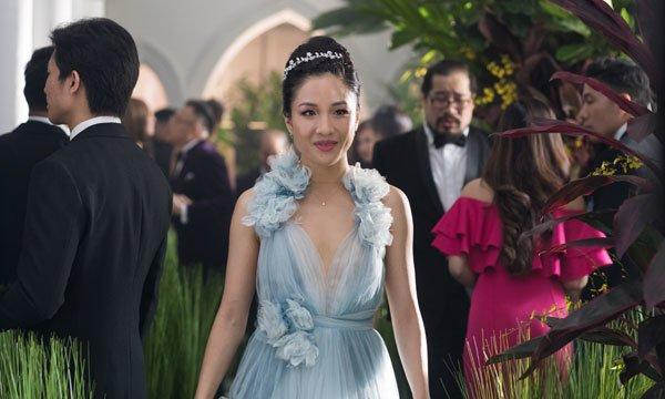 A newly-confident Rachel arrives at the wedding