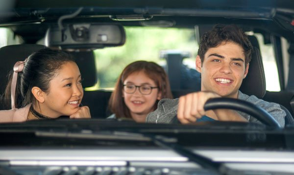 Peter drives girlfriend Lara and her sis Kitty to school