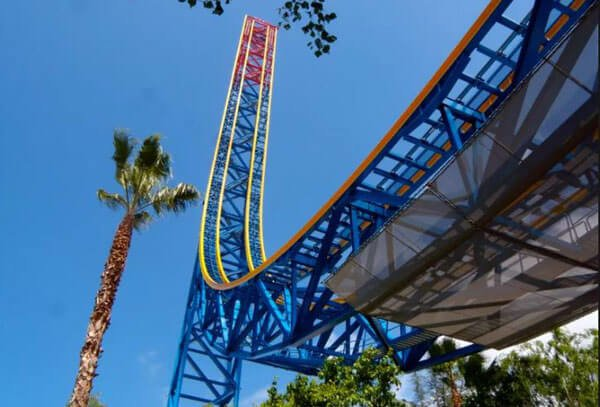 Superman The Escape at the Six Flags Magic Mountain Park