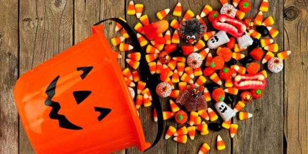 Top 10 Halloween Candy Kit Kat Chocolate Starburst