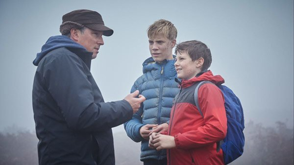 Director Joe Cornish directs Louis Serkis and Tom Taylor