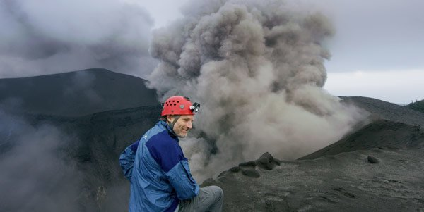 Carsten at the edge of a volcano