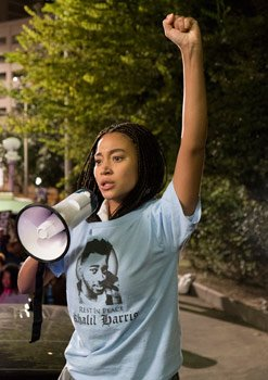 Starr speaks out at the march/protest