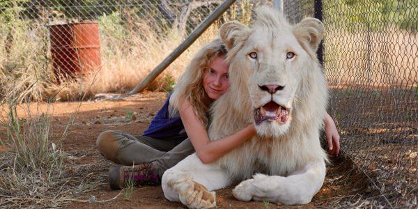 Mia And The White Lion | Exclusive Clip - Bonding with Charlie