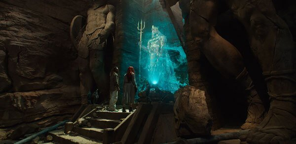 Arthur and Mera find the Trident of Atlan