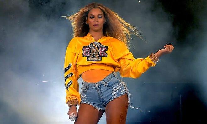 Beyoncé performing at Coachella in 2018