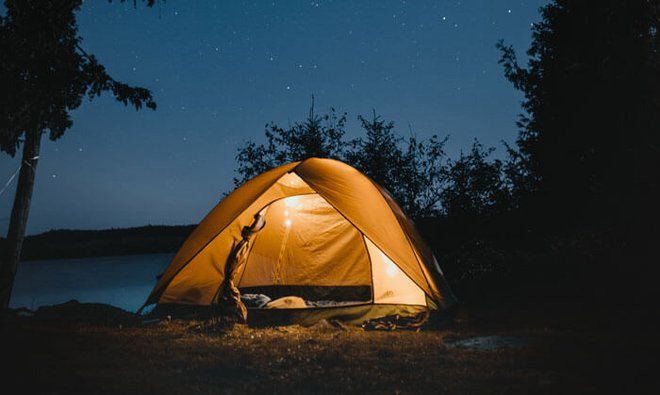 Camping under the open sky at night can me a magical experience!