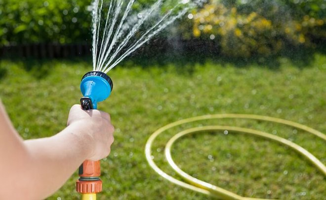 Play water limbo using a hose instead of a limbo stick.
